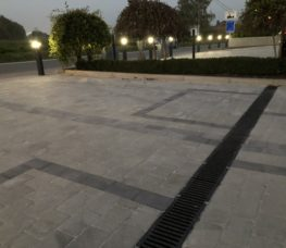 Bâtiment parking vue façade